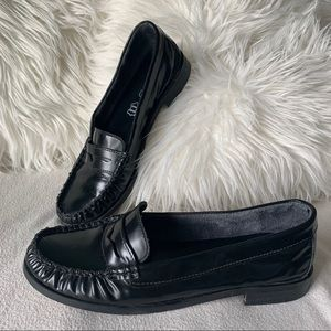 Aldo Black Leather Pinched Toe Loafers